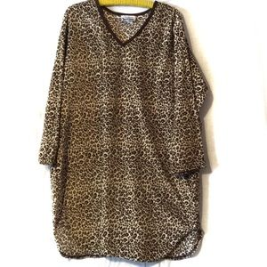 Personal Identity Woman nightgown 2X EUC